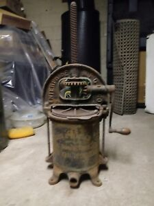 Antique Enterprise Mfg 8 Quart Sausage Press