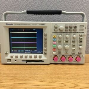 Tektronix Tds2004c Digital Storage Oscilloscope 70mhz 1gs s