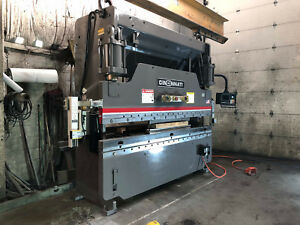 135 Ton X 10 Cincinnati Hydraulic Press Brake Fabricating Machinery