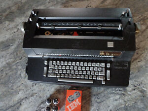 Vintage Black Ibm Correcting Selectric Ii Electric Typewriter 5 Font Balls Works