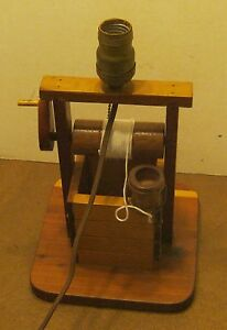 Antique Folk Art Handcrafted Wooden Wishing Well Lamp Works No Shade