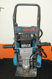 Bosch 3611c0a011 Brute Turbo 15amp 1 1 8 Variable Speed Electric Breaker Hammer