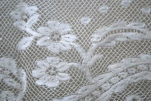 Antique French Valenciennes Edging Lace Yardage White Frothy