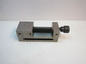 New Steel Toolmakers Machine Vise 3 7 8 X 4 15 16 X 1 3 4 Ships Free