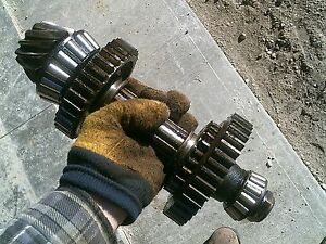 Oliver 77 Rowcrop Tractor Transmission Main Low Lower Drive Gears
