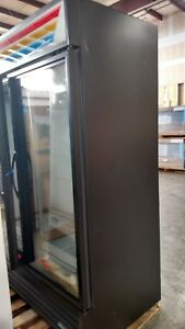 True Gdm 49f hc tsl01 54 Two section Display Freezer W Swinging Doors