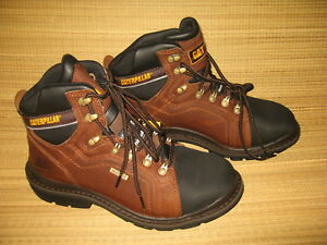 7459 New In Box Cat Caterpillar Work Hike Boots Men s Size 9 5 Med