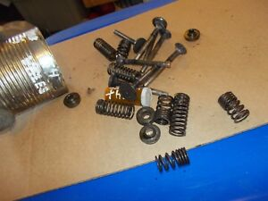 International Cub 154 Lb Tractor Ih Ihc Engine Motor Valve Springs Keepers Etc