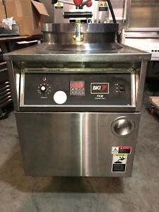 Bki Pressure Fryer Fkm f W Filtration System electric 3 Phase