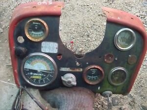 Farmall 560 460 Tractor Orignl Ih Ihc Dash Panel Gauges Tachometer Amp Oil Gas
