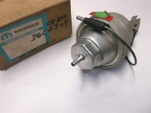 1972 1973 Dodge Plymouth Distributor Vacuum Advance Nos 3656304 400 440 3 X 2