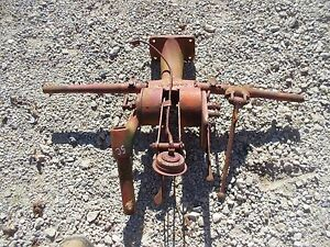 Farmall Ih Sc Super C Tractor Hydraulic Control Tower Light Brak Valve Control