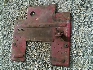 Farmall 706 Tractor Ih Main Foot Platform For Open Station Between Fenders