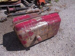 Farmall 560 Diesel Rc Ihc Ih Tractor Fuel Tank With Cap