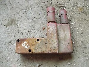 Farmall 560 Tractor Original Good Working Hydraulic Valve Block