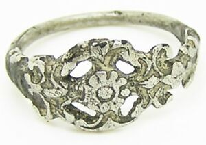16th Century Tudor Period Openwork Silver Finger Ring Rose Floral Spray