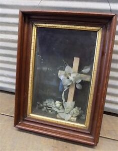 Deep Well Wooden Frame Death Mourning Art Display Shadow Box Vintage Victorian