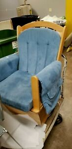 Nice Foundations Wood Rocking Chair Pick Up Only From Lincoln Nebraska Daycare