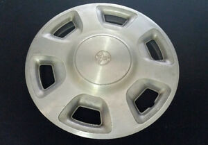 Toyota Tacoma Hubcap Wheel Cover 1995 1998 Original 61092 Oem 14 Steel