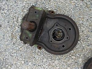 Oliver 77 Rowcrop Tractor Rear Power Take Off Pto Shaft Mounting Bracket
