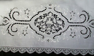 Antique Linen Pillowcases Point De Venise Lace Embroidery With Filet Lace Edge