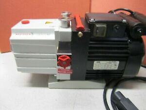 Pfeiffer Duo 2 5a Single Stage Vacuum Pump Pk 041066c