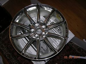 One Mint Rare Shelby Super Snake Alcoa Wheel Engraved 20 X 9 No Center Cap