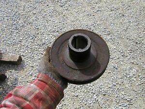 Farmall M Diesel Tractor Orignl Ih Md Engine Motor Front Main Crank Shaft Pulley