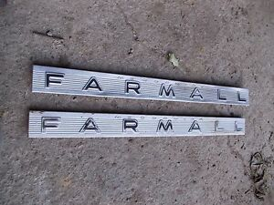 Mccormick Farmall 460 560 Tractor Ihc Original Set Front Ih Chrome Hood Emblems