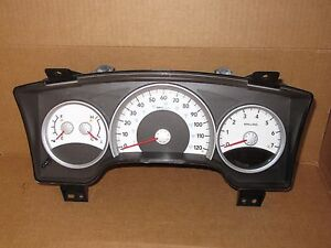 2007 07 2008 08 Dodge Dakota Truck Speedometer Cluster 72k