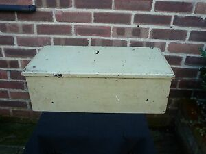 Vintage Wooden Tool Box Storage Chest Coffee Table Toy Box Hobbies Crafts