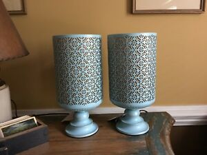 Matching Pair Metal Mesh Mid Century Style Lamps Blue W Gold Tone