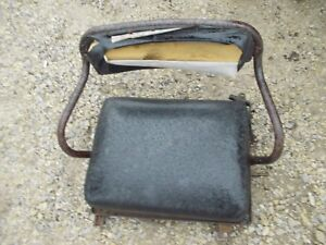 International 140 Tractor Original Deluxe Seat Assembly Frame Cushions