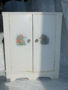 Vintage Cottage Shabby Chic Small Cabinet Cupboard Antique Children S Bath Bed