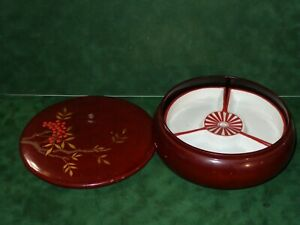 Japanese Vintage Wood Lacquer Bowl Lid Hand Painted 3 Ceramic Fan Shape Plates