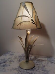 French Italian Style Tole Table Lamp Toleware Bedside Light Lilies 1985