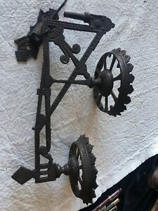 Vintage Cast Iron Arts Crafts Oil Lamp Candle Wall Holder Sconce Wicca Goth
