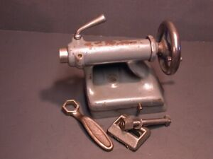 Excellent 9 South Bend Lathe Original Tailstock