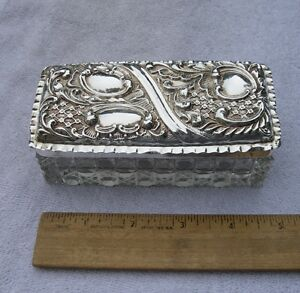 Vintage English Sterling Top Crystal Dresser Box Repousse Lid Wa Chester 1901