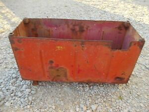 International 460 Utility Tractor Original Ih Ihc Battery Box Hard To Find