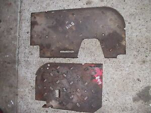 International B414 D Tractor Pair set Of Side Foot Rest Step Panel Panels