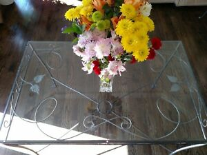 Beautiful And Ornate Vintage Wrought Iron And Glass Dining Table With 4 Chairs