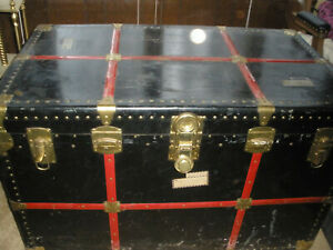 Antique Streamer Dome Top Trunk Or Chest Larger Alligator Print