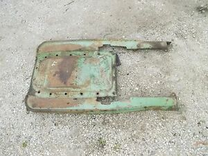Oliver 77 Rowcrop Tractor Rear Transmission Housing Cover Panel