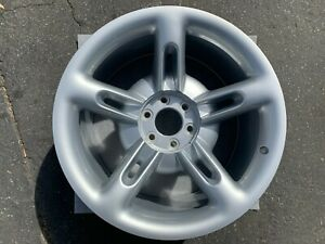 One New 2003 2004 Chevrolet Ssr 20 Rear Wheel Oem Rim 5169 Silver Vt111599