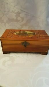 Vintage Cedar Wood Glove Jewerly Box With Carving