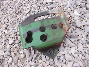 John Deere M Mt Tractor Lower Left Hitch Mounting Jd Brace Bracket