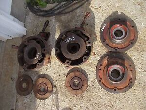 International 300 350 Utility Tractor Orignl Ih Ihc Pair Of Disk Disc Brakes