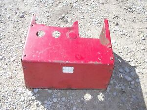 International 340 Utility Tractor Ih Hydraulic Valve Assembly Cover Panel