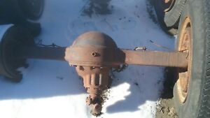 Rockwell F 106 Rear Differential Axle Assembly 6 83 Ratio 1986 Chevy C50